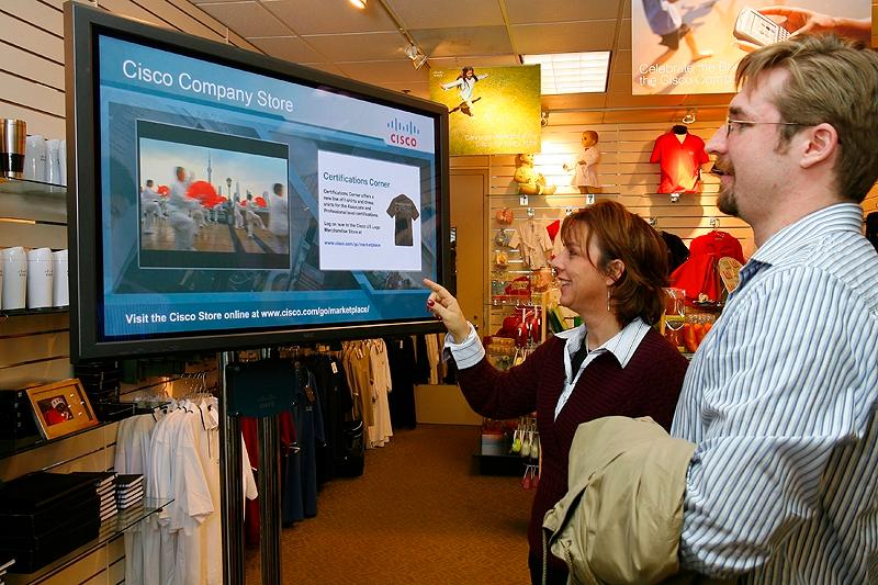 Digital signage: контент-маркетинг в стратегії омниканальности
